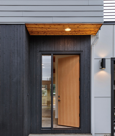 Front Door「Front door, brown front door of a modern house with the lights on」:スマホ壁紙(2)
