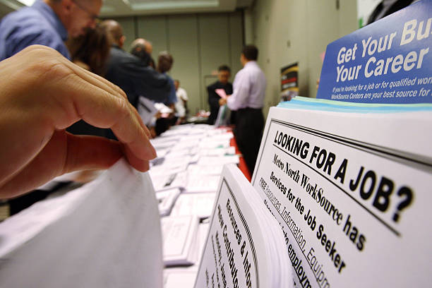Weekly Unemployment Claims Rise Higher Than Expected:ニュース(壁紙.com)