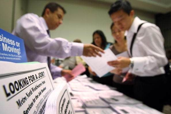 USA「Weekly Unemployment Claims Rise Higher Than Expected」:写真・画像(0)[壁紙.com]