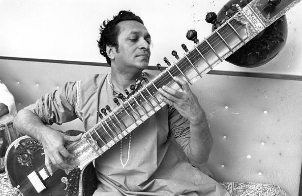 Ravi Shankar - Musician「Ravi Shankar」:写真・画像(1)[壁紙.com]