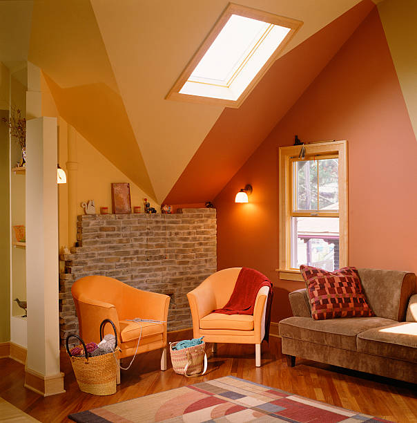 Bold Colors Emphasizing Finished Attic Ceiling:スマホ壁紙(壁紙.com)