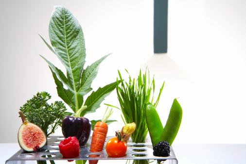 Ginger - Spice「Test tube holder with different vegetables and fruits, studio shot」:スマホ壁紙(8)