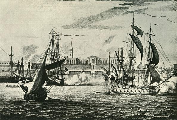 Flowing「Old Fort William」:写真・画像(12)[壁紙.com]