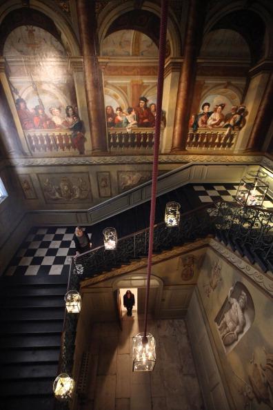 Staircase「Newly Refurbished Kensington Palace Is Reopened Ahead Of Queen Elizabeth II's Diamond Jubilee Celebrations」:写真・画像(12)[壁紙.com]