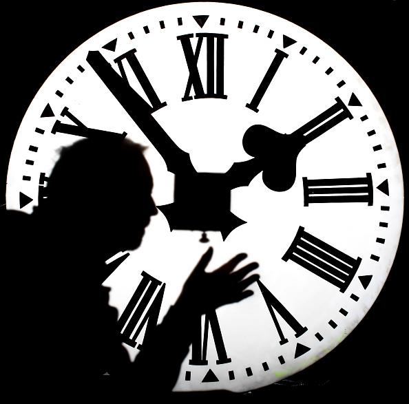 Clock「Britain Prepares For Change To British Summer Time」:写真・画像(6)[壁紙.com]