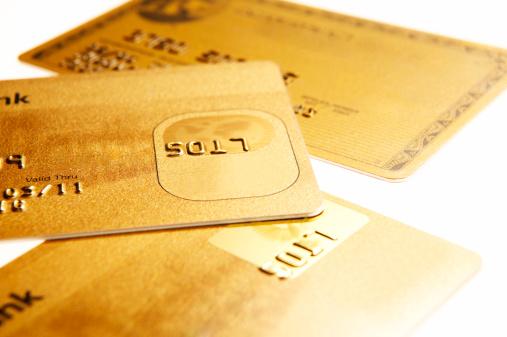 Credit Card「Three different credit cards, close-up」:スマホ壁紙(4)