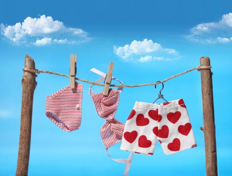 ハート「に洗濯物干しロープ」:スマホ壁紙(19)