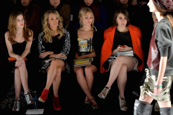 AnnaSophia Robb「Rebecca Minkoff - Front Row - Mercedes-Benz Fashion Week Fall 2014」:写真・画像(18)[壁紙.com]