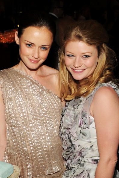 Emilie De Ravin「2010 CFDA Fashion Awards - After Party」:写真・画像(3)[壁紙.com]