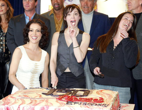 """Sweet Food「The WB's """"Charmed"""" 150th Episode Cake Cutting」:写真・画像(6)[壁紙.com]"""