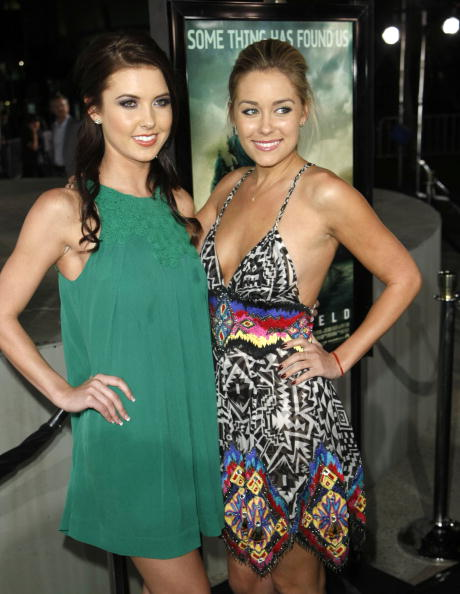 """Baby Doll Dress「Los Angeles Premiere of Paramount's """"Cloverfield"""" - Arrivals」:写真・画像(6)[壁紙.com]"""