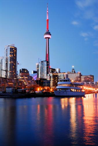 Great Lakes「Toronto at night」:スマホ壁紙(10)