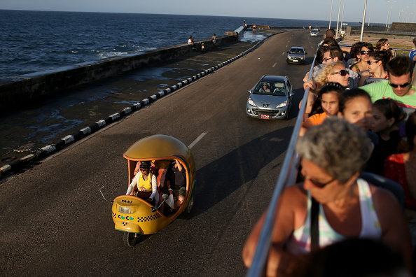 Land Vehicle「Cuba Poised For New Realities As Diplomatic Ties With U.S. Are Restored」:写真・画像(18)[壁紙.com]