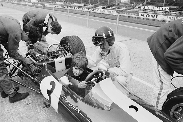 Formula One Racing「Starting Early」:写真・画像(0)[壁紙.com]