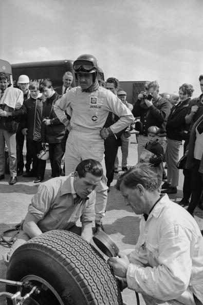Victor Blackman「Graham Hill」:写真・画像(9)[壁紙.com]