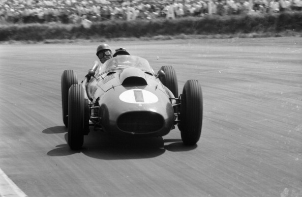 Formula One Racing「Peter Collins」:写真・画像(19)[壁紙.com]