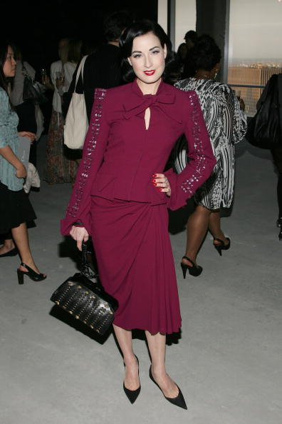 Christian Dior - Designer Label「Dior 2008 Cruise Collection Fashion Show - Arrivals」:写真・画像(17)[壁紙.com]