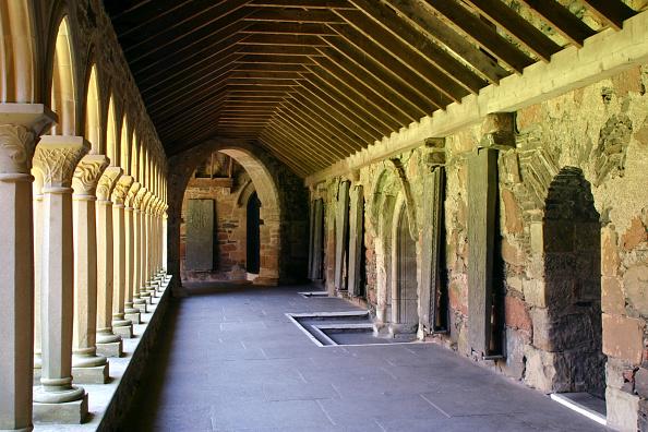 Iona「Cloisters of Iona Abbey, Argyll and Bute, Scotland.」:写真・画像(14)[壁紙.com]