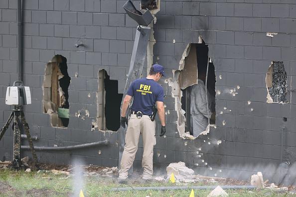 フロリダ州オーランド「At Least 50 Dead In Mass Shooting At Gay Nightclub In Orlando」:写真・画像(15)[壁紙.com]
