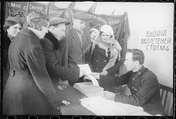 Max Penson「Elections Into The Supreme Soviet」:写真・画像(9)[壁紙.com]