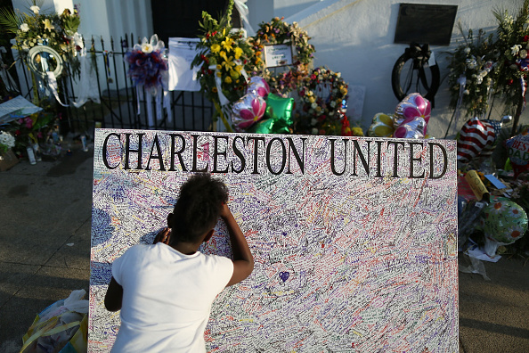 2015 Emanuel AME Church Charleston Shootings「Charleston In Mourning After 9 Killed In Church Massacre」:写真・画像(10)[壁紙.com]