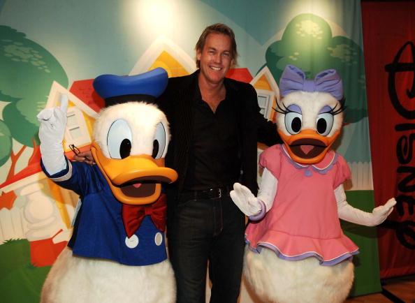 ワールド・オブ・ディズニーストア「Art Of Disney Gallery Opens In World Of Disney Store」:写真・画像(15)[壁紙.com]