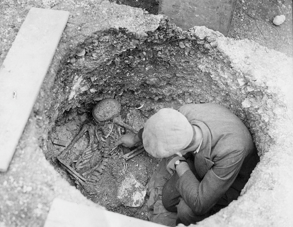 Archaeology「Roman Skeleton」:写真・画像(2)[壁紙.com]