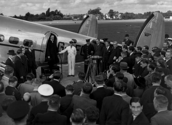 Passenger「Neville Chamberlain」:写真・画像(9)[壁紙.com]