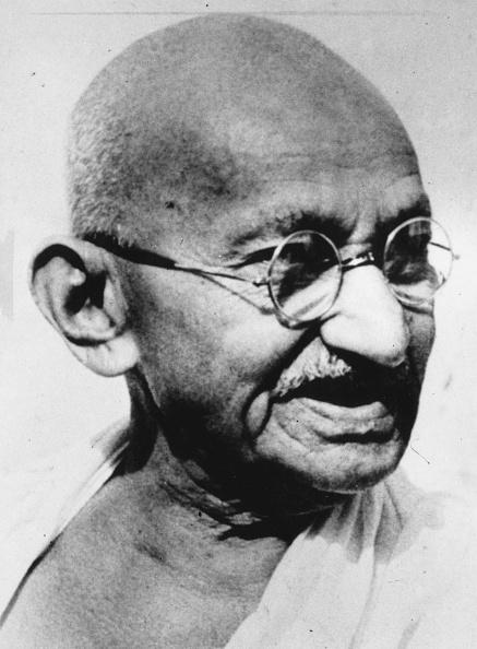 Completely Bald「Gandhi At 78」:写真・画像(12)[壁紙.com]