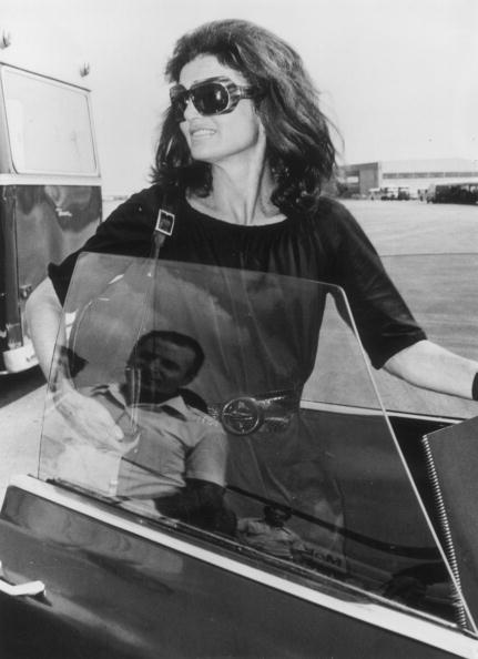 サングラス「Jackie Onassis」:写真・画像(6)[壁紙.com]