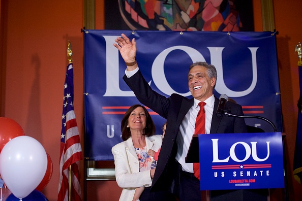 Oregon - US State「GOP Senate Candidate In Pennsylvania Rep. Lou Barletta Addresses Supporters After Results Of  State's Primary Election Announced」:写真・画像(11)[壁紙.com]
