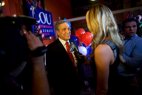 Oregon - US State「GOP Senate Candidate In Pennsylvania Rep. Lou Barletta Addresses Supporters After Results Of  State's Primary Election Announced」:写真・画像(19)[壁紙.com]