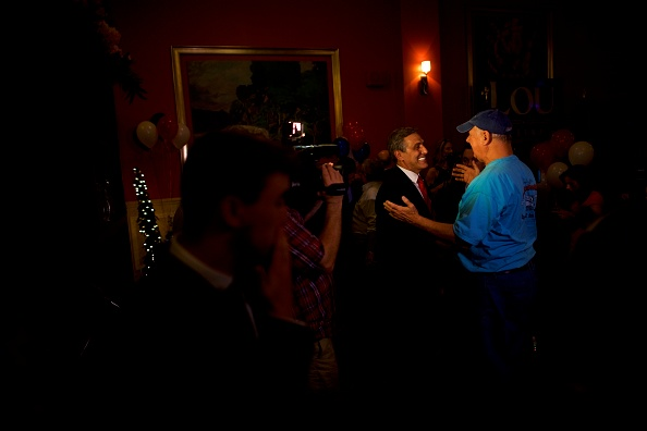 Oregon - US State「GOP Senate Candidate In Pennsylvania Rep. Lou Barletta Addresses Supporters After Results Of  State's Primary Election Announced」:写真・画像(6)[壁紙.com]