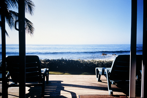 Deck Chair「Sun loungers on terrace by the sea」:スマホ壁紙(5)