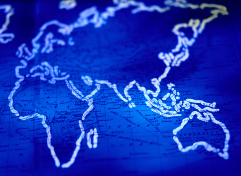 Latitude「Continents Outlined on a World Map」:スマホ壁紙(18)