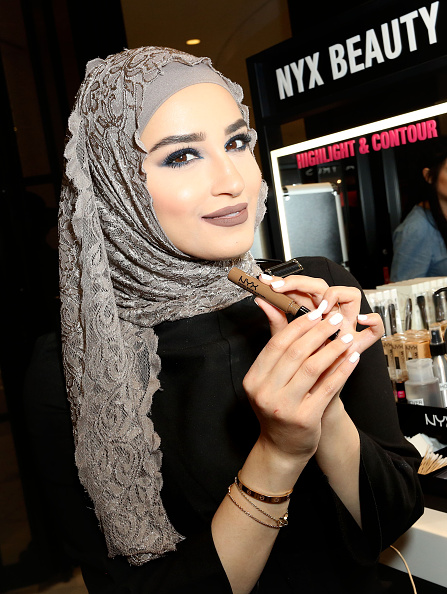 Influencer「NYX Professional Makeup Store Glendale Galleria International Vlogger Event」:写真・画像(17)[壁紙.com]