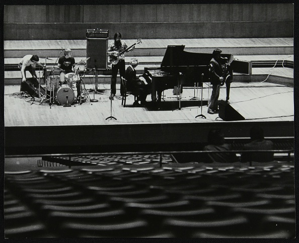 Bass Guitar「The Dave Brubeck Quartet rehearsing on stage at the Royal Festival Hall, London, 10 November 1979. Artist: Denis Williams」:写真・画像(19)[壁紙.com]