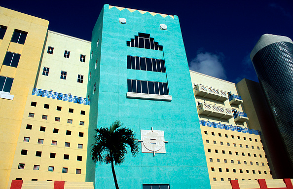 Art Deco「New hotel on Miami beach.」:写真・画像(16)[壁紙.com]