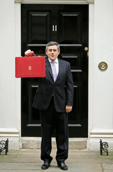 Budget「Chancellor Gordon Brown Delivers Budget Speech」:写真・画像(12)[壁紙.com]