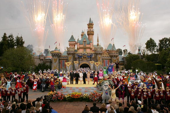Disneyland - California「Disney Celebrates 50th Anniversary」:写真・画像(7)[壁紙.com]