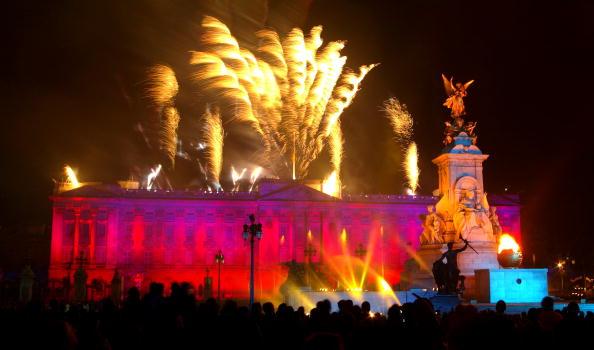 Celebration「Golden Jubilee Fireworks」:写真・画像(6)[壁紙.com]