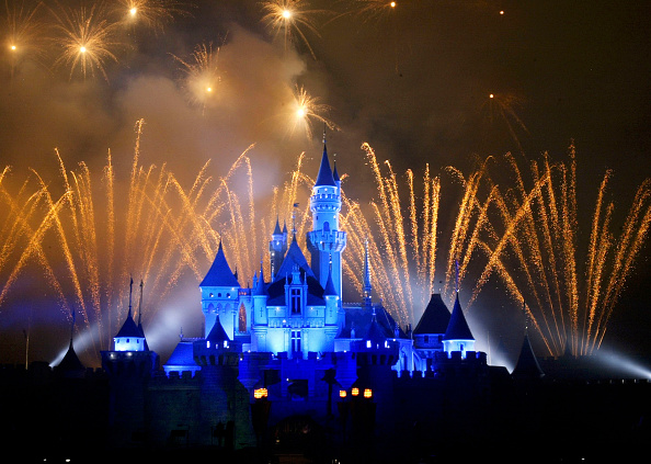 Castle「Disneyland To Open In Hong Kong」:写真・画像(3)[壁紙.com]