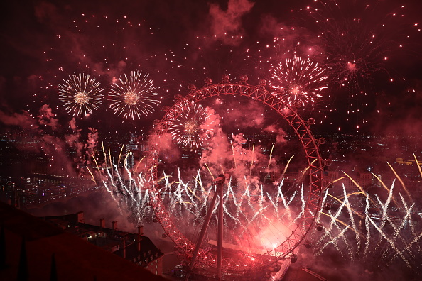 Amusement Park Ride「London Fireworks See In The New Year」:写真・画像(13)[壁紙.com]