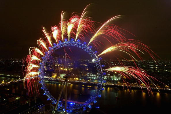 Millennium Wheel「New Year's Eve Celebrations In London」:写真・画像(6)[壁紙.com]