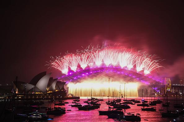 Sydney「Sydney Celebrates New Year's Eve 2019」:写真・画像(14)[壁紙.com]