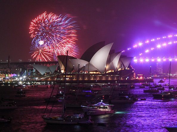 Sydney「Sydney Celebrates New Year's Eve 2019」:写真・画像(13)[壁紙.com]