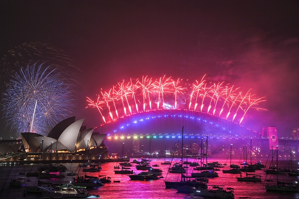 New Year「Sydney Celebrates New Year's Eve 2019」:写真・画像(3)[壁紙.com]