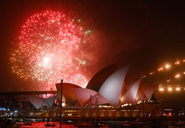 Sydney Harbor Bridge「Sydney Celebrates New Year's Eve 2019」:写真・画像(10)[壁紙.com]