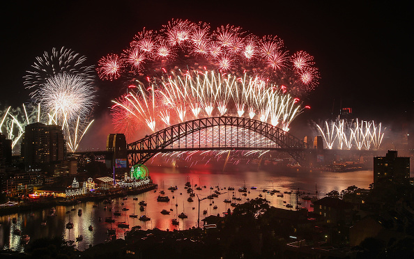 New Year「Sydney Celebrates New Year's Eve 2018」:写真・画像(1)[壁紙.com]