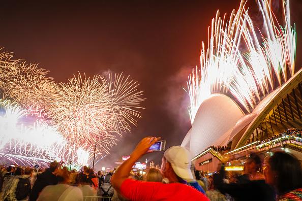 New Year「Australians Celebrate New Year's Eve 2019」:写真・画像(8)[壁紙.com]